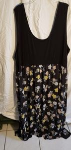 Torrid sz 6 multi floral maxi dress